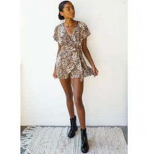 DO+BE Snake Print romper